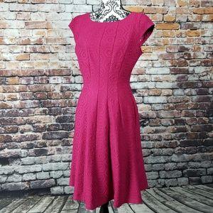 Elle short-sleeve magenta poly/spandex dress